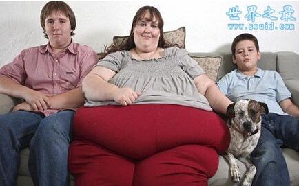 世界上最胖的人1400斤_世界上最胖女人,体重达1400斤,还要增肥(图)