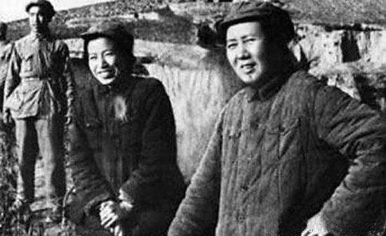 资料图:毛泽东和江青