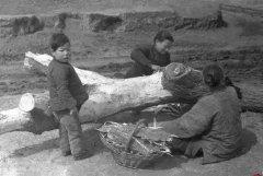 河南1942大饥荒人吃人照片 300万人死亡 饥荒人肉市场