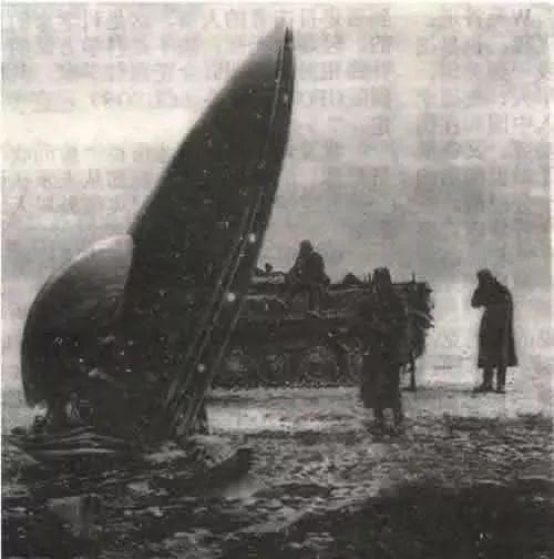 绝密档案:美国终于公布外星人尸体和坠毁的飞碟照片