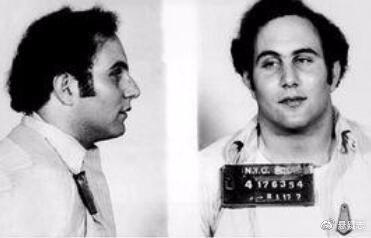 柏克威兹入狱照