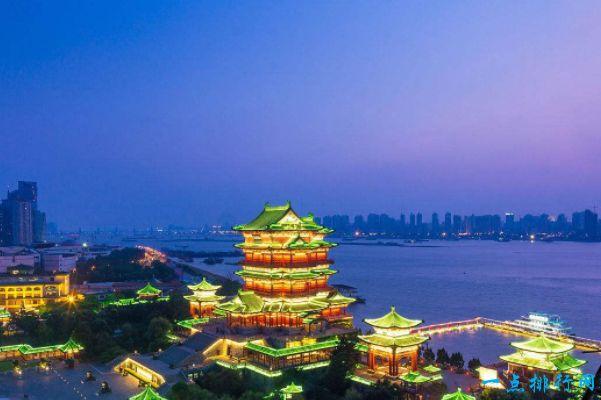 中国古代四大名楼之一滕王阁