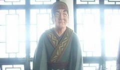 秦始皇死后,赵高利诱胡亥谋朝篡位,并威逼利诱李斯同流合污