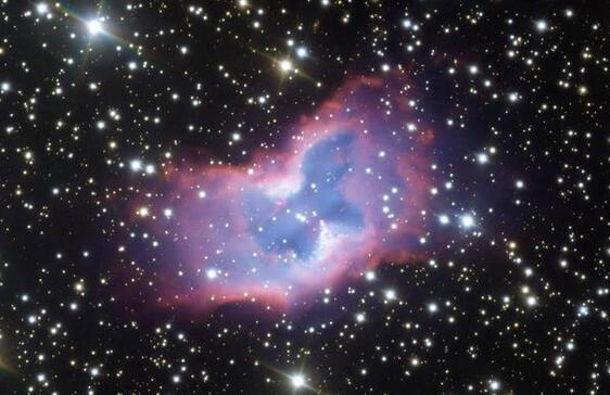 太空蝴蝶罕见现身 一个被称为NGC 2899的气泡